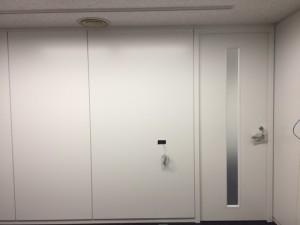 日本橋O事務所ダイノックシート1
